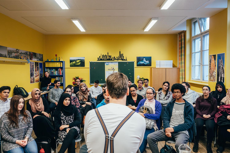 Wanja Mues an der GemS auf dem Campus Rütli, Berlin